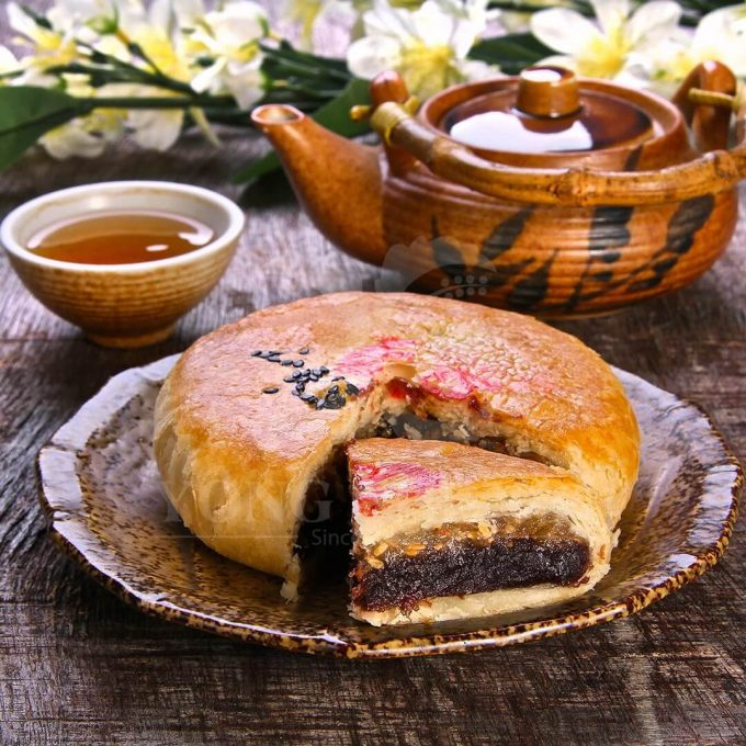 Hand Crafted Pastry Teochew Delight-Black